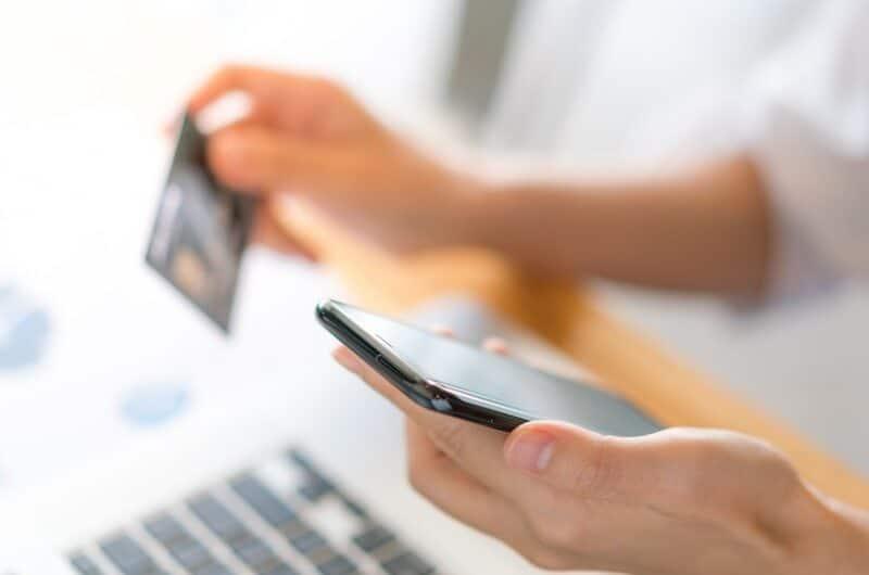Suisse Frontalier : les meilleures options de banques en ligne