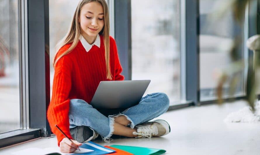 Courses Scolaires sur Internet : Sur quel site les faire ?